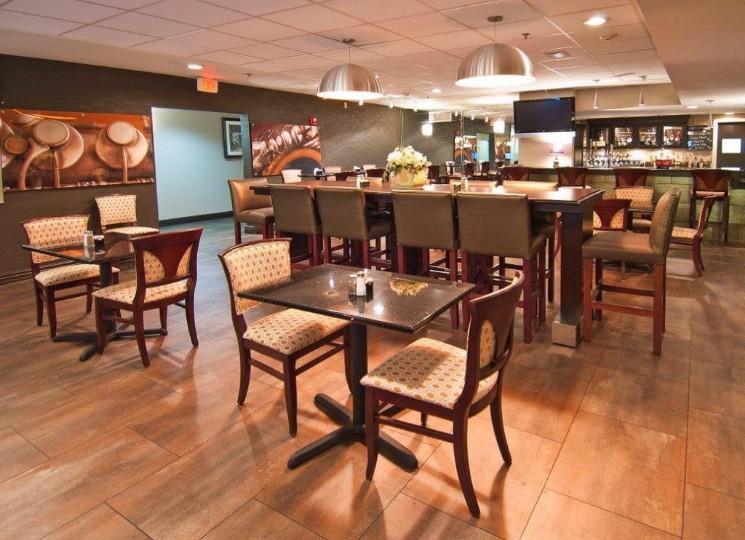 Cafe 372